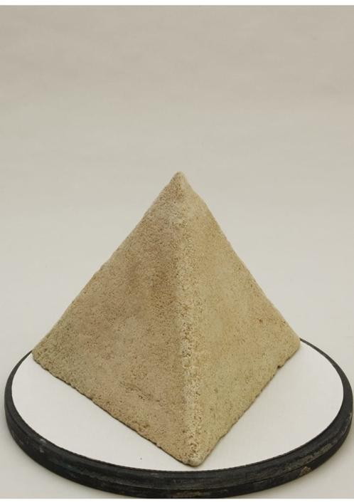 Giuseppe Canali Piramide Refrattaria Ceramica Raku da cuocere
